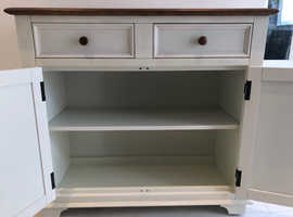 M & S Sideboard