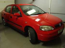 Vauxhall Astra, 2001 (51) Red Hatchback, Manual Petrol, 74,228 miles Bedford MK41 area