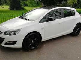 Vauxhall Astra, 2012 (62) white hatchback, Manual Diesel, 67,000 miles