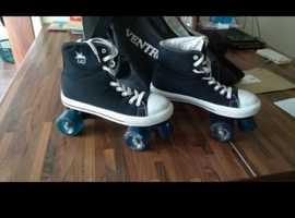 Converse style quad skates size 6