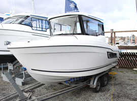 Jeanneau Fishing Boat for sale - Brand new - 40 minutes from Norfolk