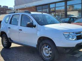 Dacia Duster, 2013 (63) White Hatchback, Manual Petrol, 83,690 miles