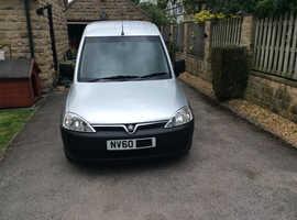 Vauxhall COMBO, 2011 (60) Silver MPV, Semi auto Diesel, 52,000 miles