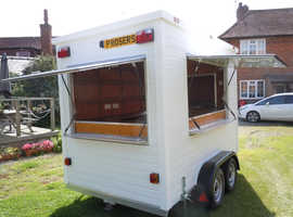 Mobile Gin/Prosecco/Bar Trailer