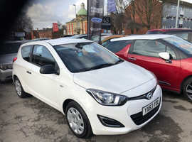 Hyundai i20, 2013 (63) White Hatchback, Manual Petrol, 64,000 miles
