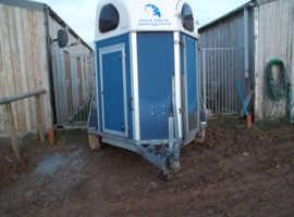 2003 double horse trailer
