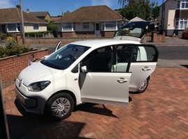 Volkswagen Up, 2014 (64) White Hatchback, Manual Petrol, 26,000 miles
