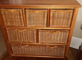 Wicker draw cabinet