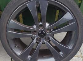 17 inch black skoda alloys