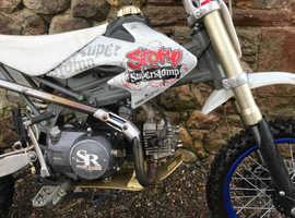 Stomp super stomp 125cc pit bike