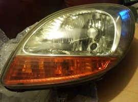 renault kangoo passenger side headlight and indicator combined
