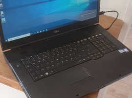 Fujitsu AMILO Li 3910 Laptop