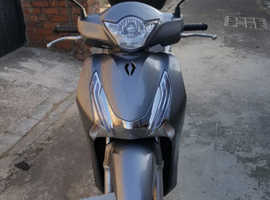 Honda 125 scooter