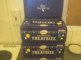 Boxes of treat chocolates * 80