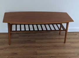 Retro soild coffee table