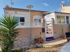 RENOVATED SEMI-DETACHED HOUSE SEGRE LA MARINA-OASIS (ALICANTE) SPAIN