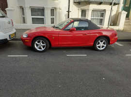 Mazda MX-5, 1999 (T) Red Convertible, Manual Petrol, 71,732 miles