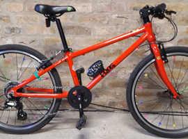 Frog 62 hybrid kids' bike