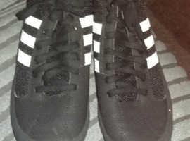 Mens 6 An Half.. Adidas Wrestling Boots..