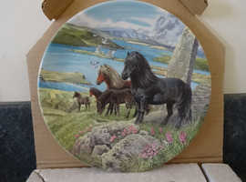 4 Limited Edition Antique Pony plates