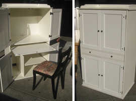 BEAUTIFUL, WHITE COMPUTER CABINET, 'HIDE-A-WAY', ELEGANT & STYLISH SUITABLE FOR USE IN BEDROOM OR ANY OTHER ROOM.