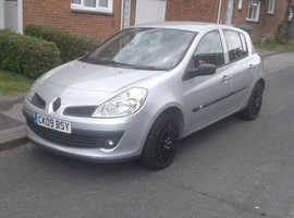 Renault Clio, 2009 (09) Silver Hatchback, Manual Petrol, 148,000 miles