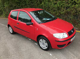 Fiat Punto, 2004 (54) Red Hatchback, Manual Petrol, 94,929 miles