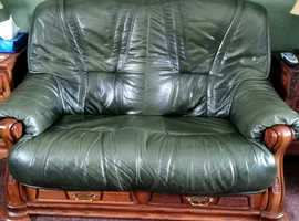 Free leather 2x2 and chair vgc