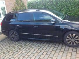 Volkswagen Passat, 2010 (10) black estate, Manual Diesel, 168,000 miles
