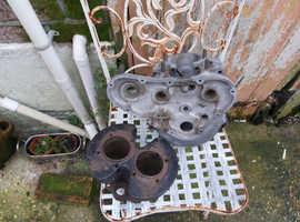 Prewar triumph speedtwin crankcase and barrel