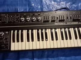 ROLAND SH-2 Classic Analogue Synthesizer