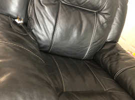 Beautiful black leather armchair electric reclining