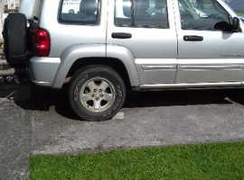 Jeep Cherokee, 2003 (03) Silver Estate, Manual Diesel, 140,000 miles