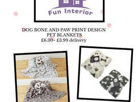 DOG BONE AND PAW PRINT DESIGN PET BLANKETS
