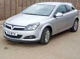 Vauxhall Astra, 2011 (11) Silver Hatchback, Manual Petrol, 28,773 miles