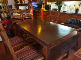 Farm house tidor Kitchen table