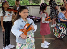 High quality, accessible violin tuition in Islington - instrument provided and bursaries available!