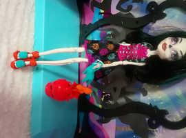 Monster High Doll #4B Skelita Calvaeras
