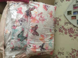 Pillow, duvet & covers for a single bed