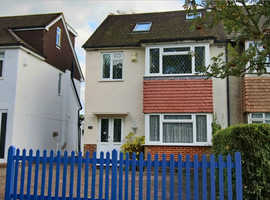 FOR SALE: Perfect Location, Close to Train Station, Lovely 4 bedroom semi-detached house in Grand Avenue,  BN6 8DB, MUST BE SEEN!!!