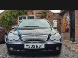 Mercedes C CLASS, 2001 (Y) Blue Saloon, Automatic Petrol, 72,554 miles