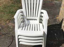 4 comfortable garden chairs