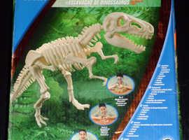 Edu Science 'T-Rex' Dinosaur Dig (new)