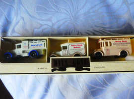 LLEDO DAYS DAIRY FARM SET OF 3 MODELS BOXED   2 SETS IN TOTAL FOR £8