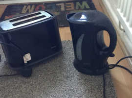 Kettles and toaster