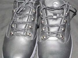 pair of size 8 Merrel walking shoes
