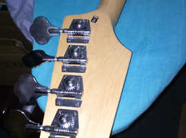 for sale- harley benton kit bass- part complete