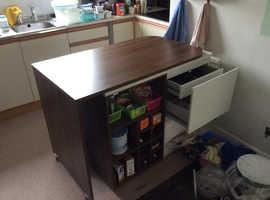 Kitchen isle cabinet