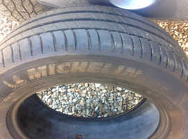 As new Michelin tyre 215/60 R17