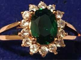 Ladies Jewellery 18k Rose Gold Plate Emerald & White Cubic Zirconia Cluster Ring 1.26ct.